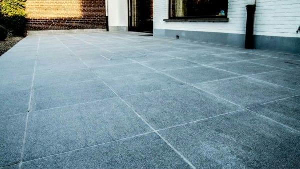 Artstone Folligno Light keramiek buitentegel terras keramische tegel natuursteenlook palladio light peperino dark