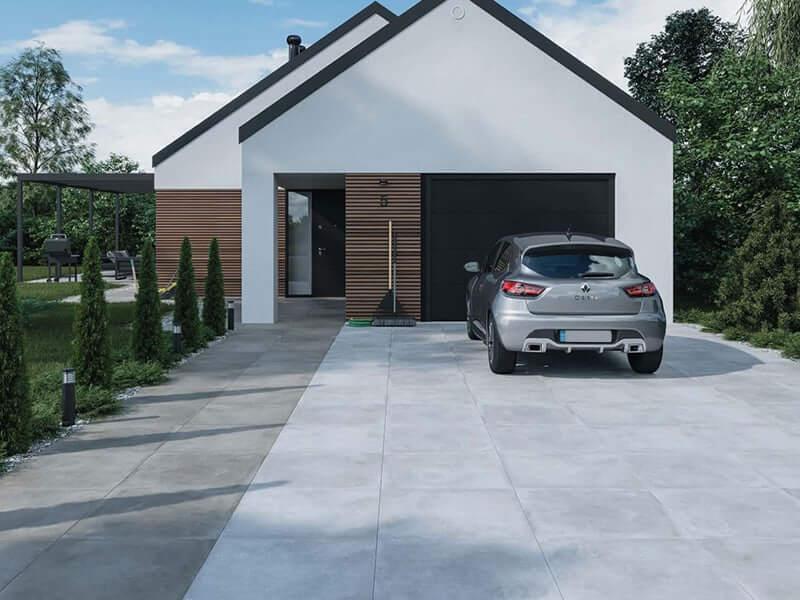 modern huis en oprit met renault