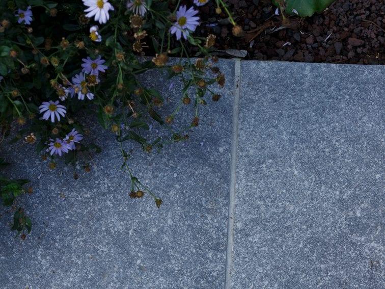 Keramische tegels groot formaat natuursteenlook