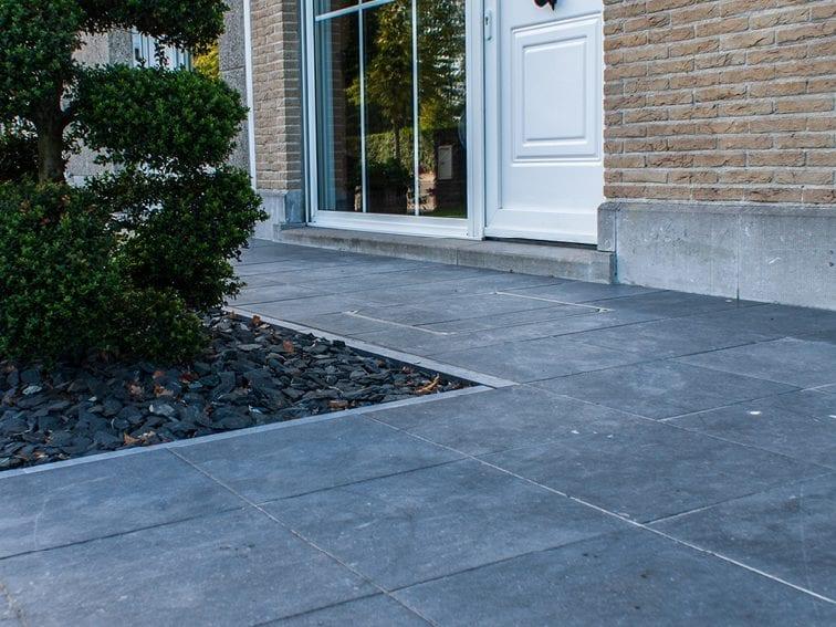Moderne afwerkingen Belgische blauwe steen century