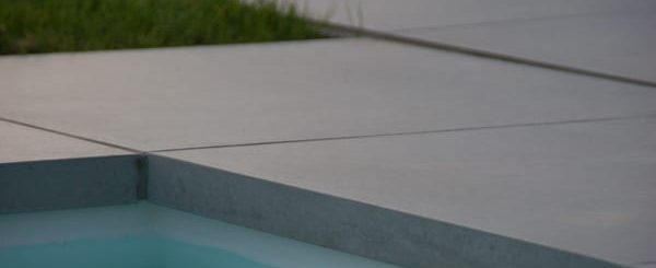 keramisch zwembad